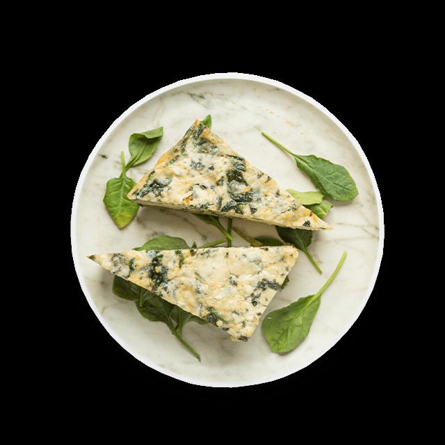 wegetariański quiche ze szpinakiem i serem pleśniowym